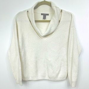 Forever 21  sweater/blouse